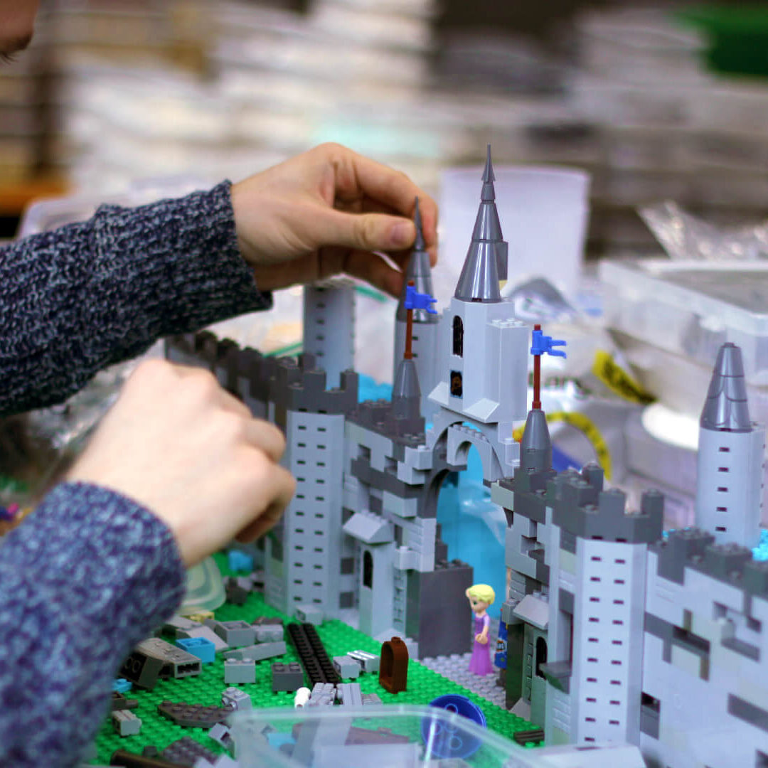 How a Stop motion Studio Produces a Commercial Model Making